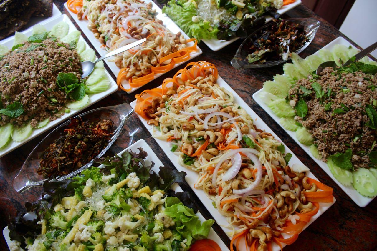 PhuketCleanse_RawVegan_ThaiCurrySalad